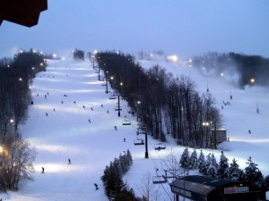 Ski/Snowboard at Blue Mountain